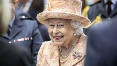 Ex chef del Palacio de Buckingham revela menú de los perros de la Reina Isabel II