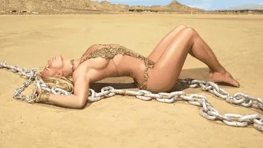Britney Spears luce envidiable figura a sus 38 años.