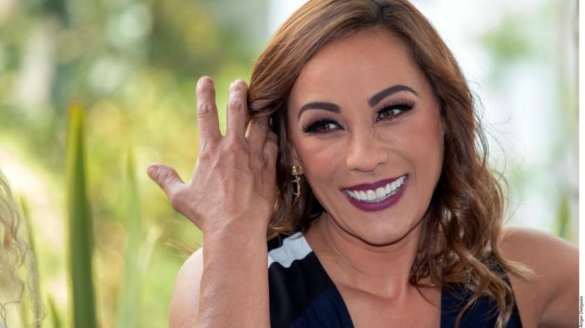 Consuelo Duval estaba en la prepa cuando conoció a Raúl.