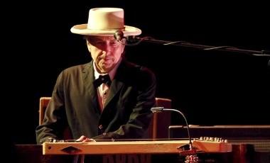Bob Dylan hace historia en la cartelera Billboard con su nuevo disco