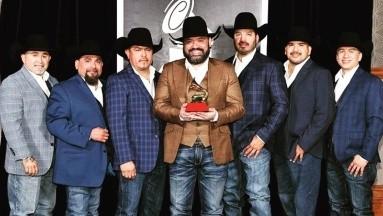 La mayoría de los integrantes de grupo Intocable tienen Covid-19: Ricky Muñoz