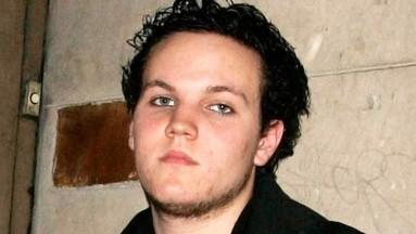 La autopsia indica que el joven de 27 años se quitó la vida.