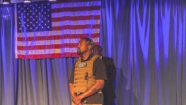 Kanye West propone dar un un millón de dólares a embarazadas para que no aborten