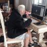 ¡Cumple su sueño!: hombre de 92 años estudia la carrera en línea por el Covid-19