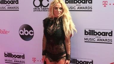 Britney Spears seguirá bajo tutela de su padre hasta febrero de 2021