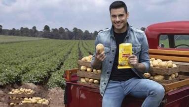 Carlos Rivera triunfa en todo, hasta en los comerciales.