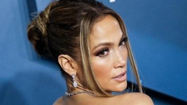 Jennifer Lopez y Maluma estrenarán la comedia romántica