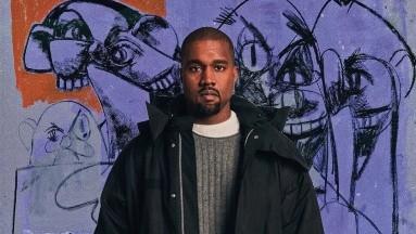 VIDEO: Kanye West se graba orinando su propio premio Grammy