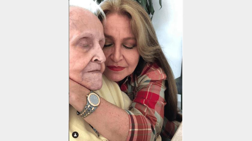 Daniela Romo está de luto por la muerte de su madre(Instagram)