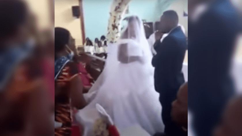 """VIDEO: """"Este hombre de aquí es mi marido"""", enfurecida mujer interrumpe la boda de su esposo(Captura de video)"""