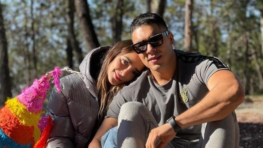 ¡Hay boda! Jawy Méndez le pide matrimonio a Manelyk González(@manelyk_oficial/Instagram)