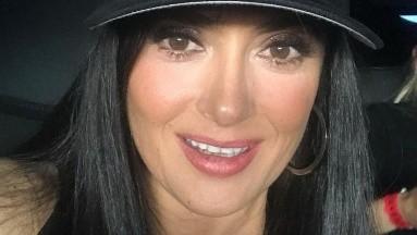 La actriz mostró que a sus 54 años sigue teniendo un cuerpazo.