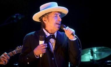 El cantante fue demandado por la viuda de uno de sus colaboradores.